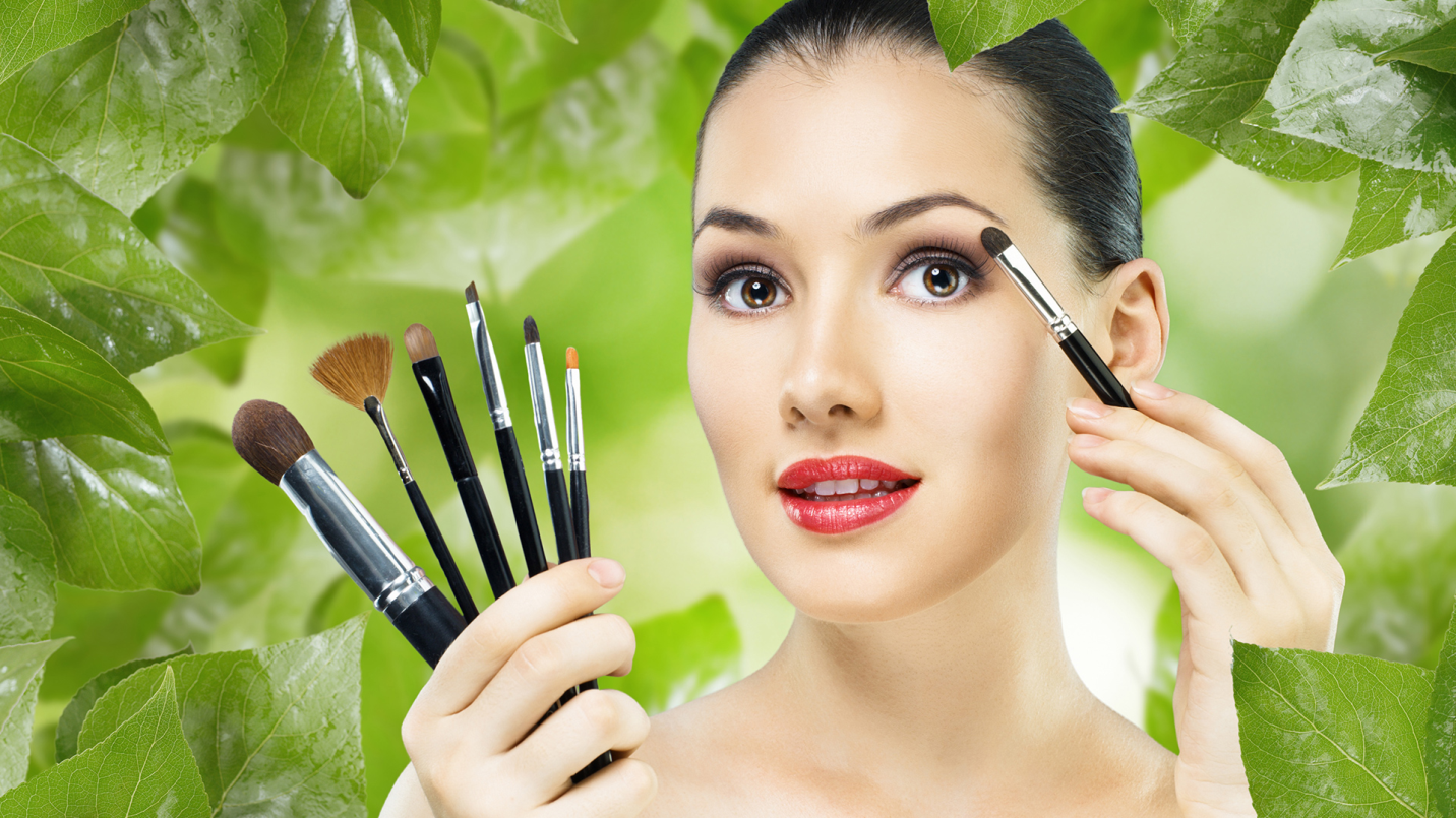 7 Beauty Hacks You Must Know For Sensitive Skin!