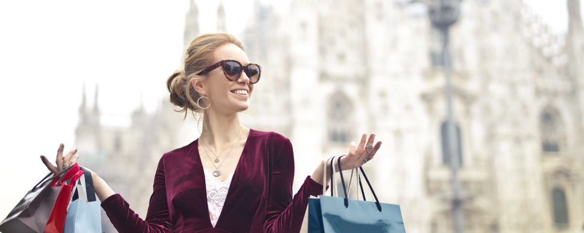Top 10 Fashion Tips to Look Stylish at the Lowest Budget.
