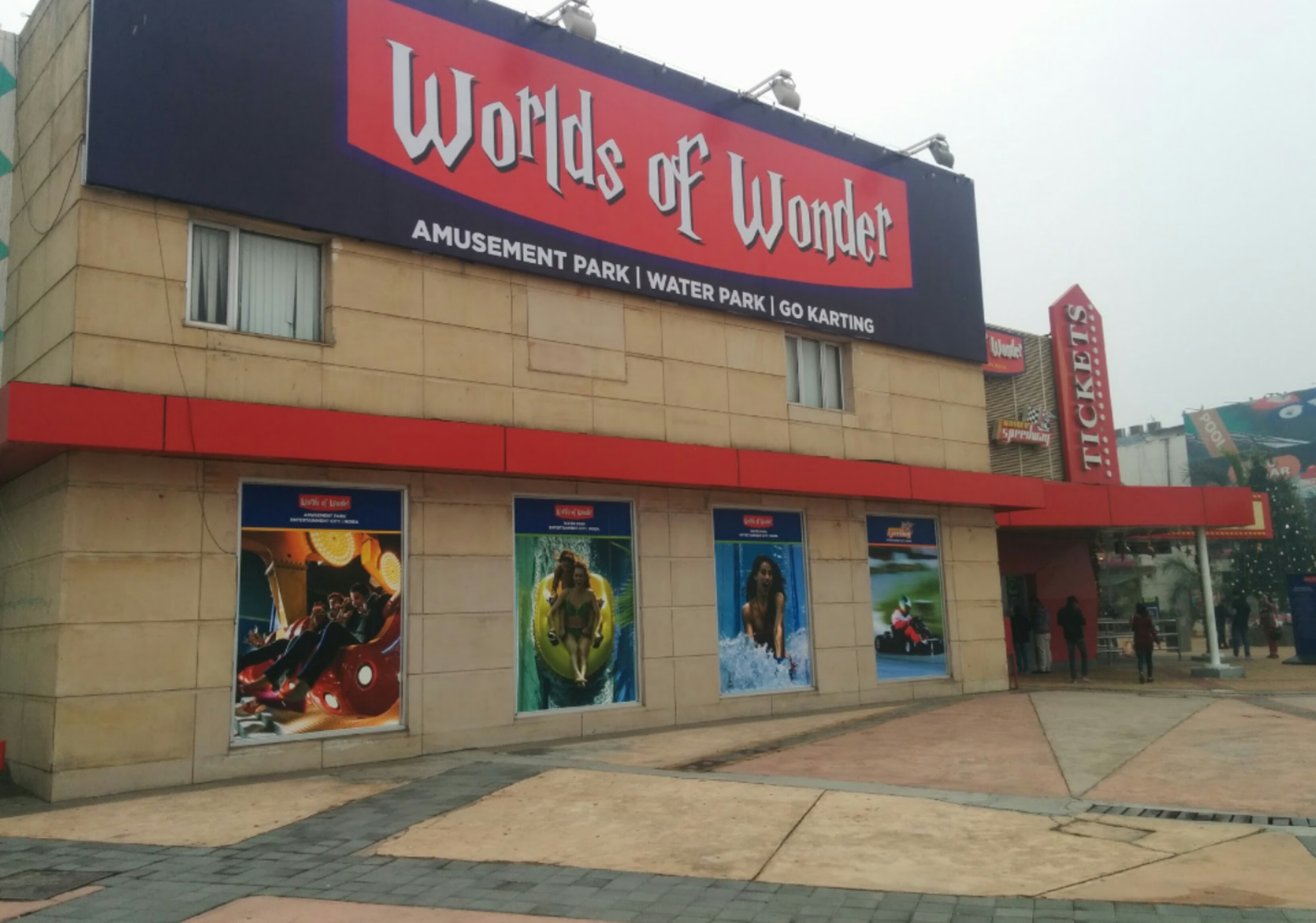 Worlds Of Wonder amusement park