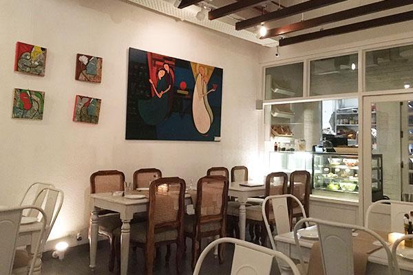 Cafe Amaretto Roomsoom